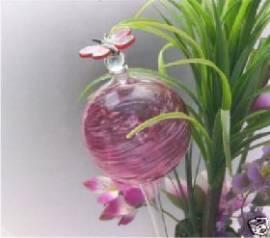 Durstkugel rot mit Stopfen und Schmetterling - Bild vergrößern
